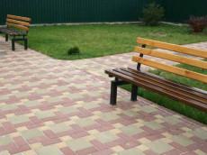 Благоустройство территории, озеленение и укладка брусчатки и тротуарной плитки